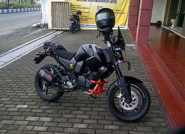 ide modifikasi byson ala touring